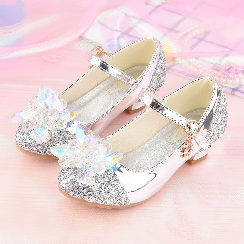 2018 spring autumn girls shoes sparkling children s Princess shoes girls  piano performance flower wedding crystal high heels-in Sneakers from Mother    Kids ... f9c7af94517c