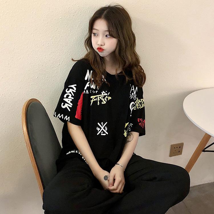 T-shirts Women Graffiti BF European Style Loose Harajuku Hip Hop Streetwear Chic Couple Clothes Unisex Daily Tshirt Womens Soft 101