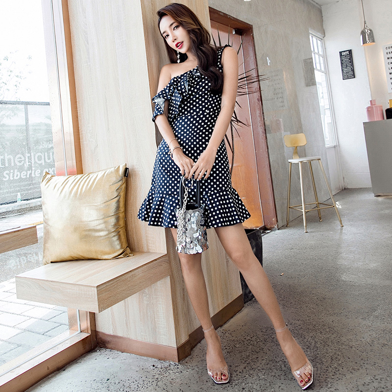 2018 New Spring Summer Women dress Ruffles High Waist Polka Dot Raining On Sexy Inclined Shoulder A Word Dresses Navy 9042