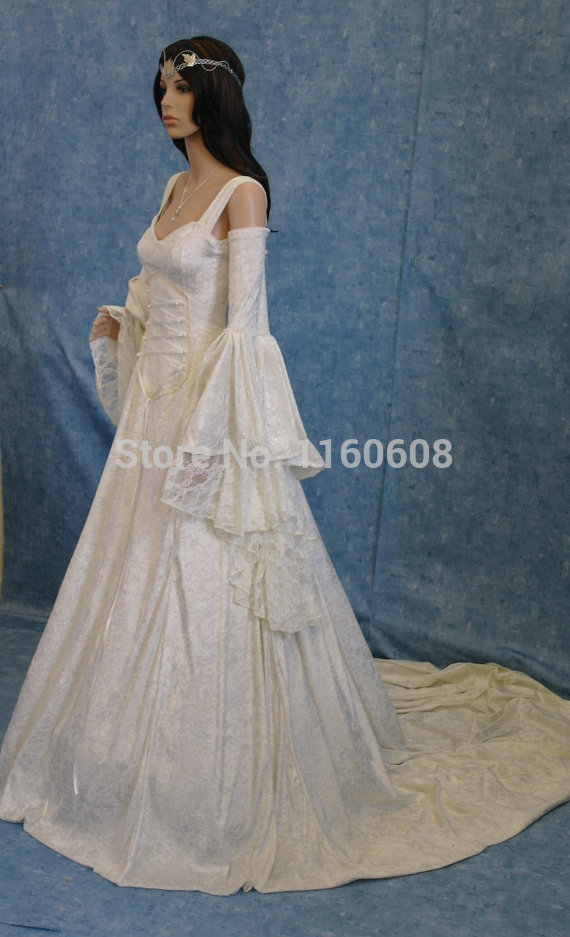 Breathtaking Renaissance Medieval Style Dress Renaissance Medieval ...