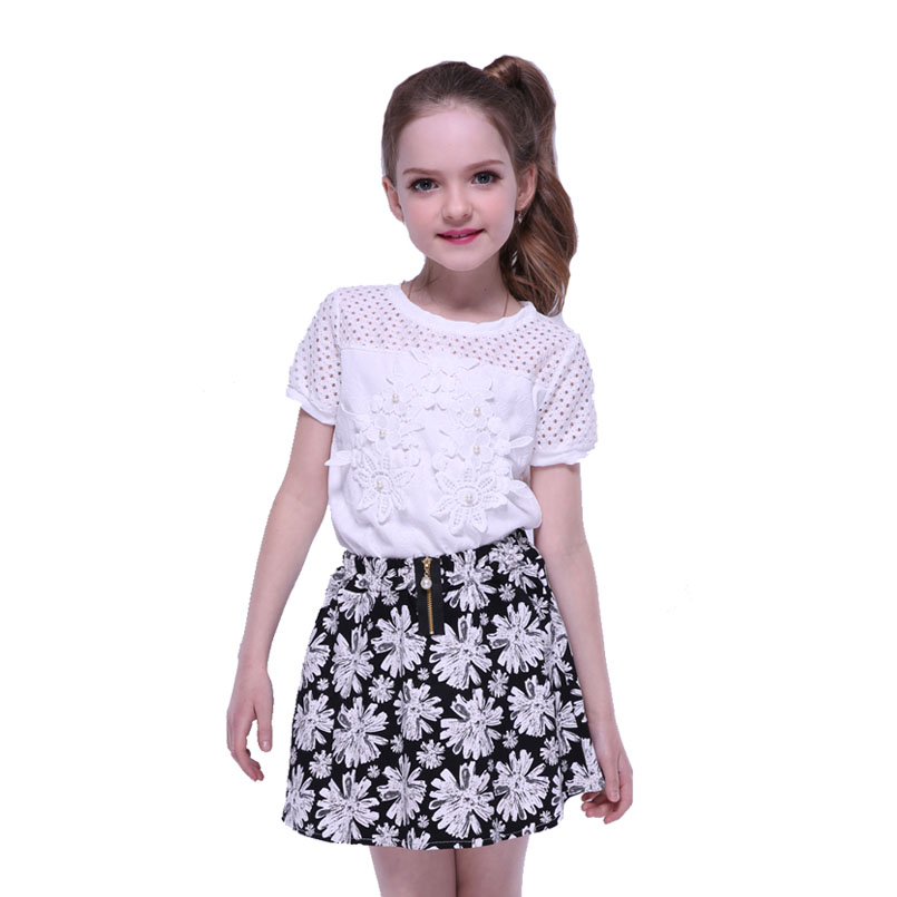 Girls Clothes Sets Summer Outfits for Girls Short Sleeve T-shirt & Skirts Suits New White Tops Print Floral Skirts for Kids Sets family fashion summer tops 2015 clothers short sleeve t shirt stripe navy style shirt clothes for mother dad and children