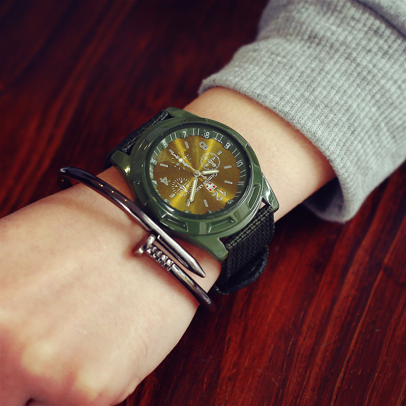 2019 Fashion Children Watches Nylon Strap Wristwatch Boy Students Casual Quartz Watch Kids Sport Cartoon Watches Clock De Reloj
