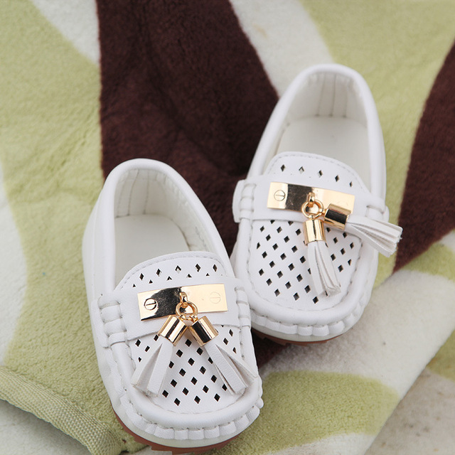 Children's shoes spring summer 2016 hollow tassel Boys Girls Shoes Leisure Flat Leather Shoe Kids Sandals 1-6 years