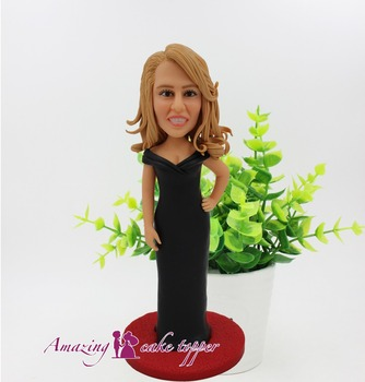 2019 AMAZING CAKE TOPPER Toys Black evening dress elegant  And Groom Gifts Ideas Customized Figurine Valentine's Day