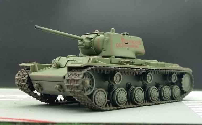 Trumpeter 1 72 World War Ii Soviet Kv 1 Heavy Tank Model