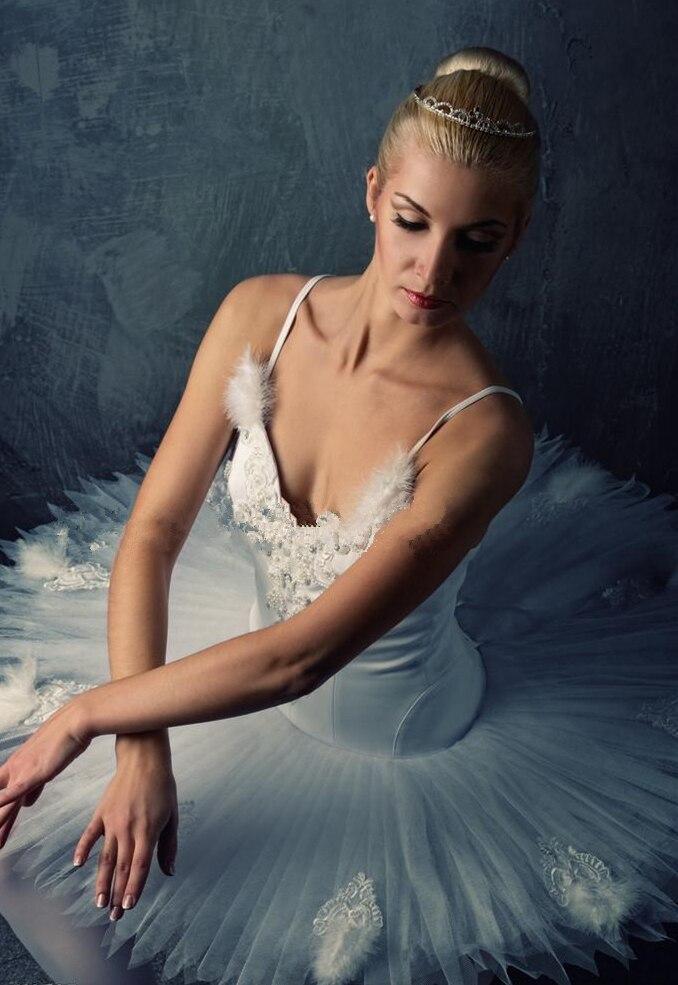 Φόρεμα μπαλέτου υψηλής ποιότητας Κοστούμια με πέπλο μπαλέτου για ενήλικες Μαύρο και άσπρο φόρεμα χορού κύκνος με φούστα μπαλέτου