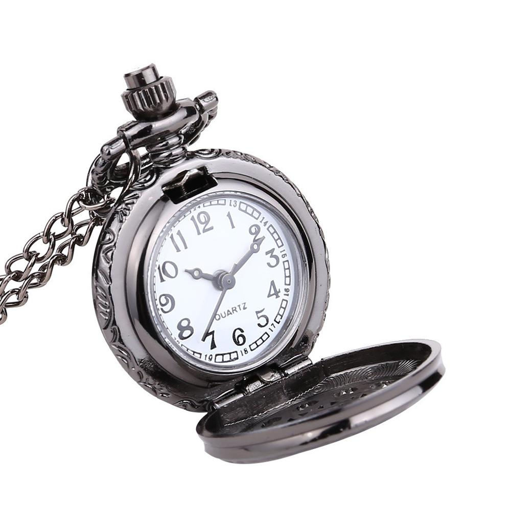 Vintage Watch Round Dial Quartz Small Pocket Watch Classical Roman Scale Pocket Watch