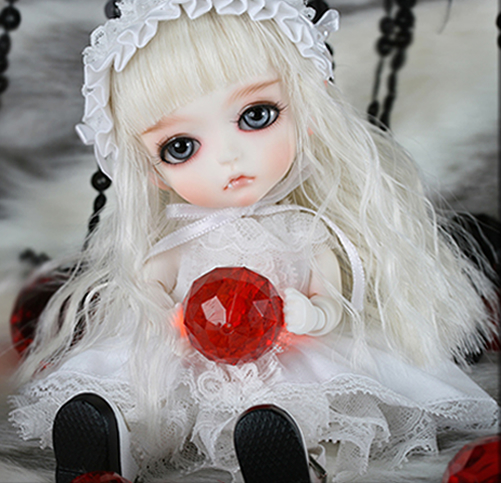 1/8 scale BJD about 15cm pop BJD/SD cute Vampire Lea Resin figure doll DIY Model Toys gift.Not included Clothes,shoes,wig