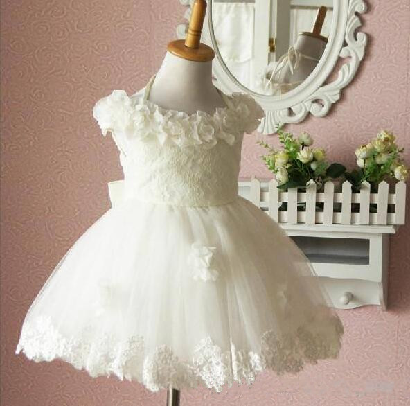 Beautiful Flower Girls Dresses White Tea-Length Ball Gowns Bow Hand Made Flowers Lace Dress