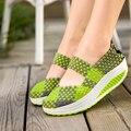 Emagrecimento Mulheres Sapatos de Verão 2016 Sapatos Casuais Mulheres Cunhas Balançar Sapatos Feitos À Mão Tecer Malha Respirável Único Sapatos Zapatillas