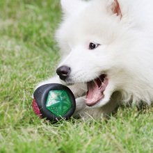 Luminous Dog Toy Durable Bouncy Balls Rubber Bouncy Bite- resistant Dog Chewing Ball Dog Training Pet Toys with Sound and Light