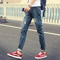 2017 Весна Лето Мужчины Тонкий Мужчины Прямо JeansTrousers Denim Long Hot Популярный Дизайн Молодежи Полная Длина