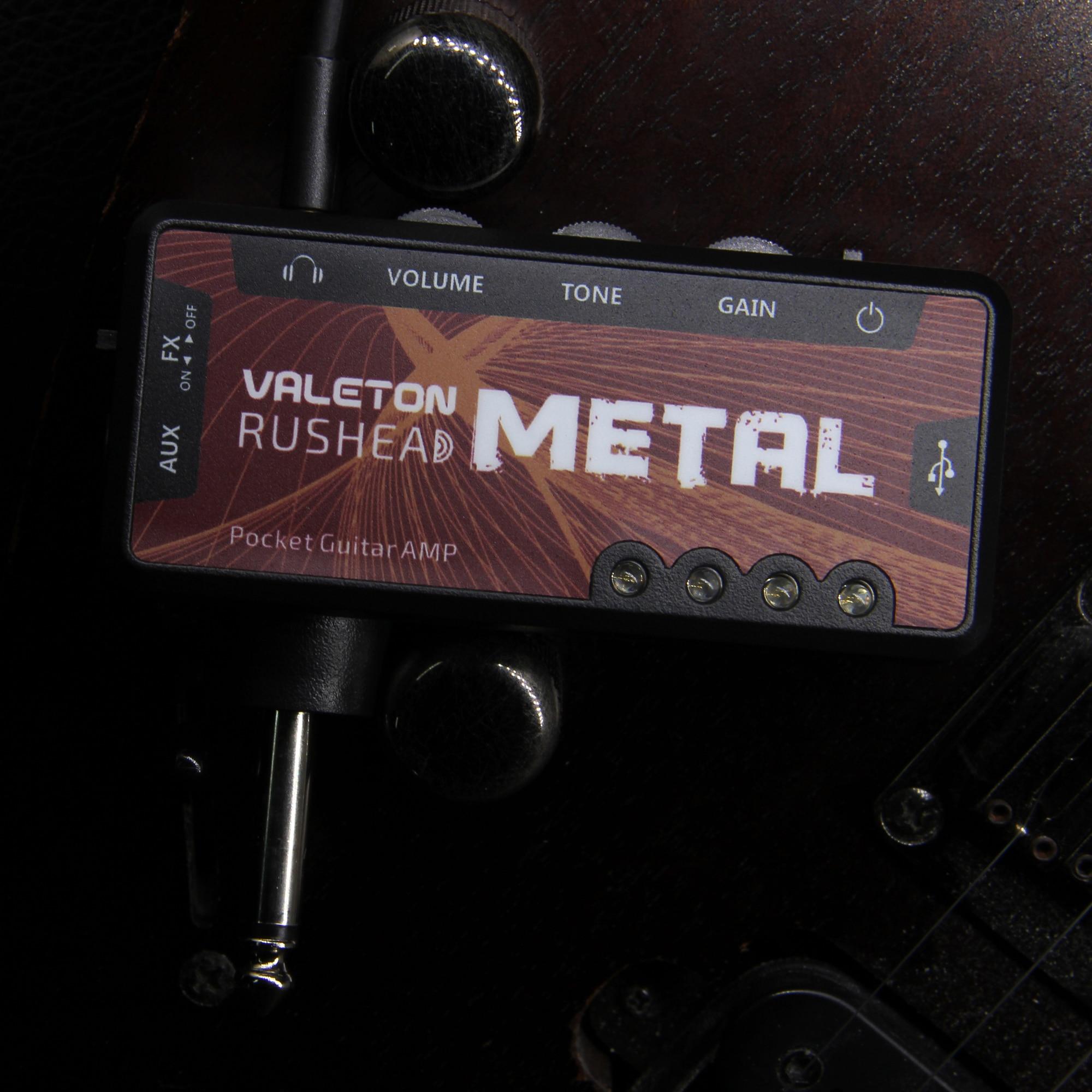 Valeton Pocket Guitar AMP RUSHEAD Metal Mini Amplifier USB Charge Headphone Splitter Electric Bass Guitar AUX RH-3 Metal цена 2017
