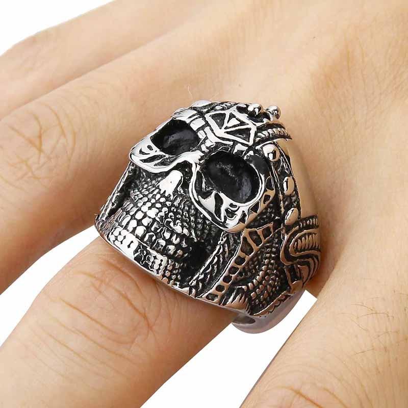 Mens Biker Stainless Steel Skull BIG Heavy Biker Ring, Silver Black