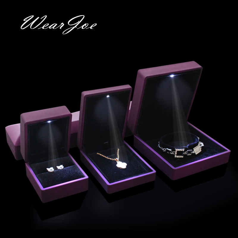 Free Shipping Excellent Rubber Paint Ring Pendant Bracelet Necklace Chain Storage Box For Wedding Jewelry Engagement Package Box