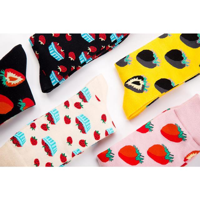 LIONZONE Newly Quality Brand Men Socks with Strawberry Stripes Design Funny Happy Dress Wedding Male Crew Socks Plus Size