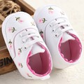 Free Shipping White Flowers Baby Shoes 2016 Girls Toddler Shoes Sapatos bebe Casual Sport Kids Shoes High Quality 1025