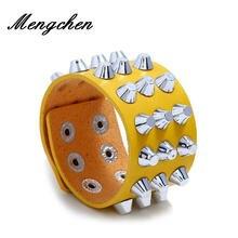 Женский кожаный браслет на запястье трехрядный металлический