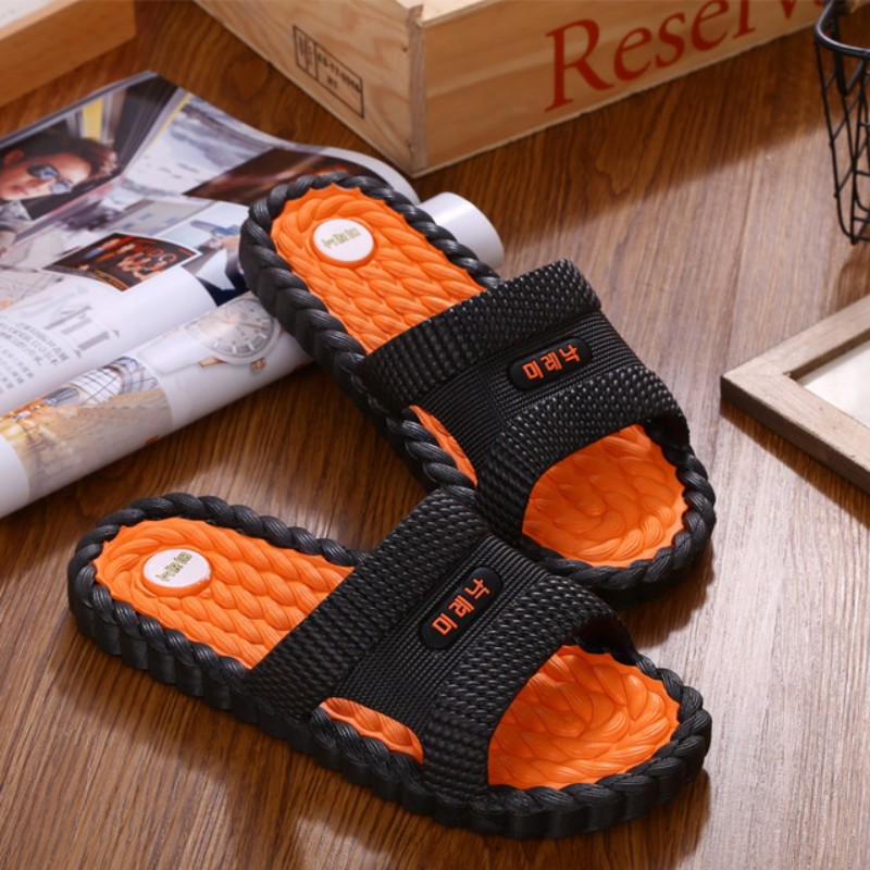 New Summer Cool Water Men High Quality Soft Massage Beach Slippers Fashion Man Casual Shoes Men Sandals Slippers Female Slippers