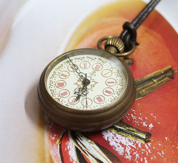 HOTSALE Old Look  Brass Antique Small Pocket Watch+Leather Chain Freeship