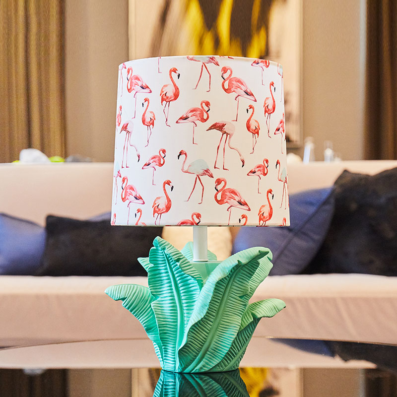 LED Bedlamp Bedroom Living Room Resin Desk Lamp Bedside Flamingo Lamp Shade Table Light Night Reading Home Abajur Lamparas De table lamp led bedlamp bedroom living room desk lamp bedside lamp shade abajur lamparas de decoration table light