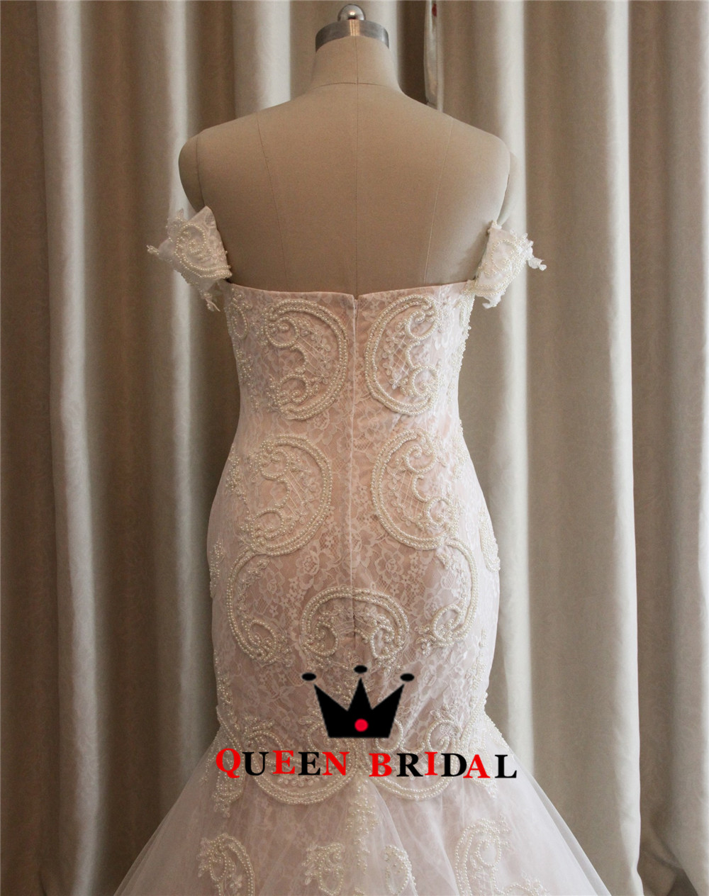 Custom-Made-Mermaid-Lace-Pearls-Sexy-Plus-Size-Bride-Wedding-Gowns-Wedding-Dresses-Robe-de-Mariage (4)
