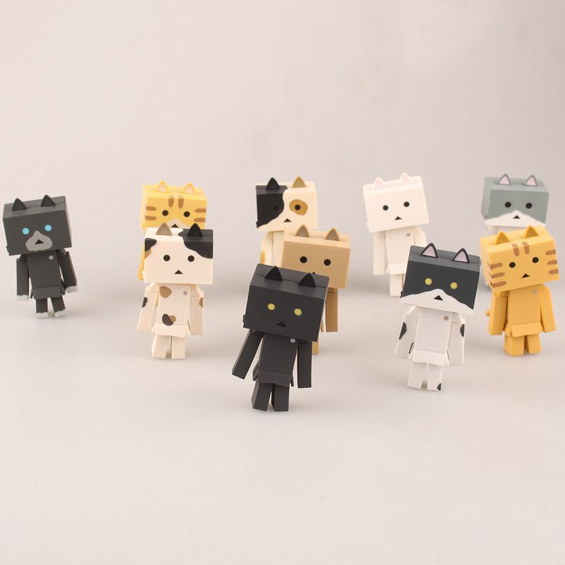 NEW hot 7.5cm 10pcs/set cat Danboard Danbo collectors action figure toys Christmas with box cute lovely danboard danbo doll pvc action figure toy with led light 13cm