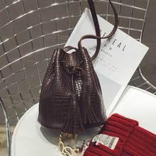 Crocodile frauen Umhängetasche Quaste Luxus Handtaschen Designer Messenger Marke Geldbörse Frauen Weibliche Eimer Retro Umhängetaschen
