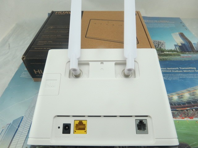 Original Unlocked HUAWEI B310S-22 4G LTE CPE WIFI ROUTER modem 150Mbps FDD +a pair  antenna