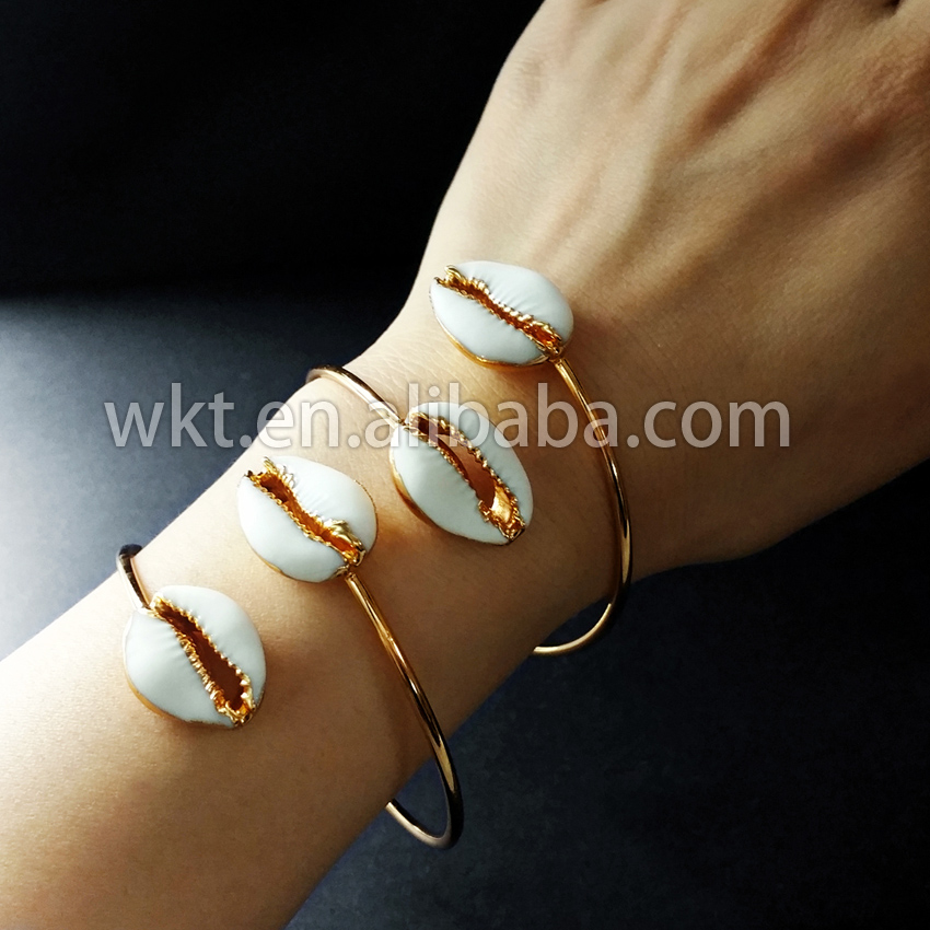 WT-B197 Exclusive! Wholesale Natural tiny cowrie shell bangles 24k gold electroplated adjustable genuine cowrie bracelet bangle