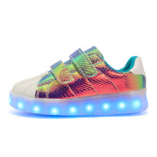 Eur 25-40// Glowing Luminous Sneakers Led Slippers Kids Light Up Shoes Tenis Shoes Krasovki Illuminated Sneakers Children Shoes