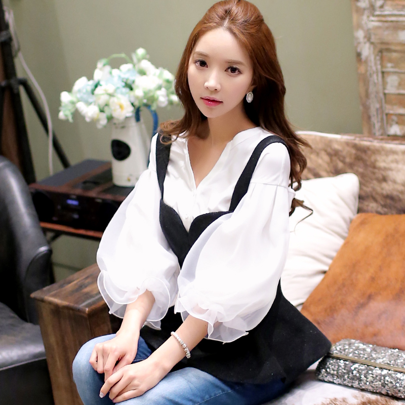 Dabuwawa Vintage V Neck White blouse shirt Women tops casual streetwear blouse Elegant cotton 2018 autumn blouse female