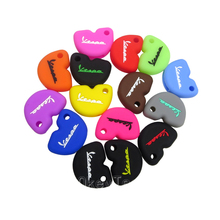 Silicone Rubber car Key Case Cover For Vespa piaggio GTS300 946 LX150 fly 125 150 RA1 3vte Gts 200 Keyring motorcycle key case