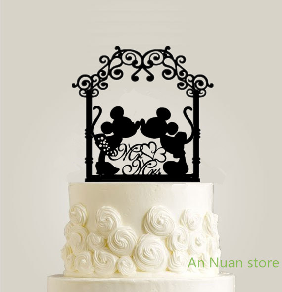 US $6 36 9% OFF|Free shipping Flower door wedding cake topper mr&mrs Lovely  kissing Minnie And Mickey Mouse Cake Topper for wedding cake Decor -in