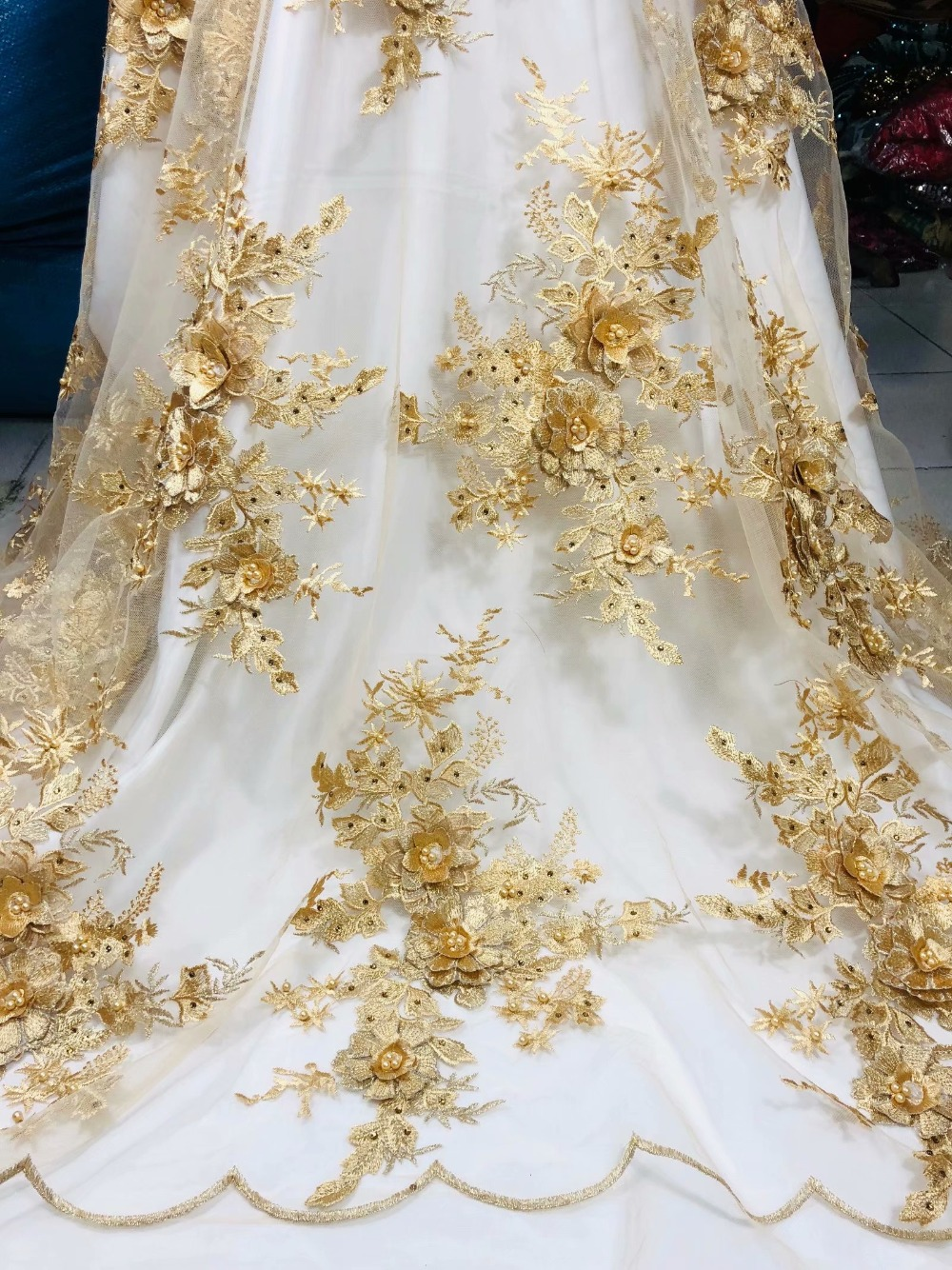 Cheap Latest African Laces 2019 Embroidery 3D Flower Fabric High Quality African Dresses For Women Nigerian