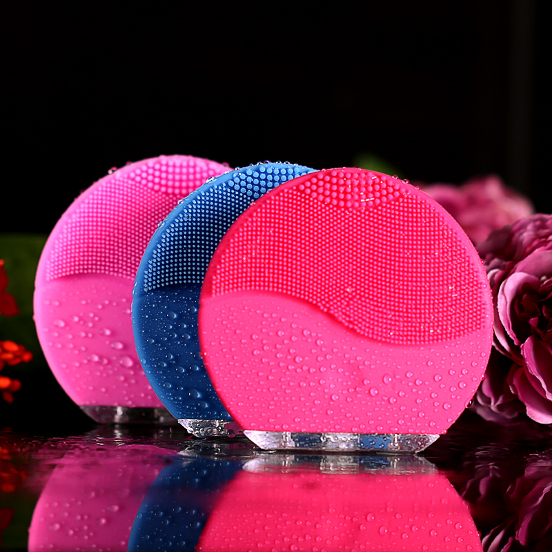 Skin care Mini electric facial cleaning massage brush sonic face washing machine waterproof silicone face cleanser dirt remove(China)