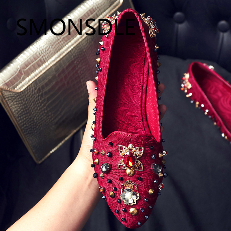 2018 Ethnic Flats Red Black Embroidered Women Shoes Crystal Metal Chinese Luxurious Women Wedding Shoes Loafers Shoes Woman