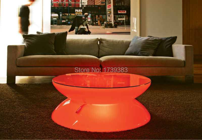 04-05-01-LED-Lounge-Indoor-LED-Sofa1-1030x718