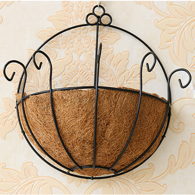 Hot Eggshell Hanging  Wall Iron Flowers Basket Coco Liner Finial Hanging Basket