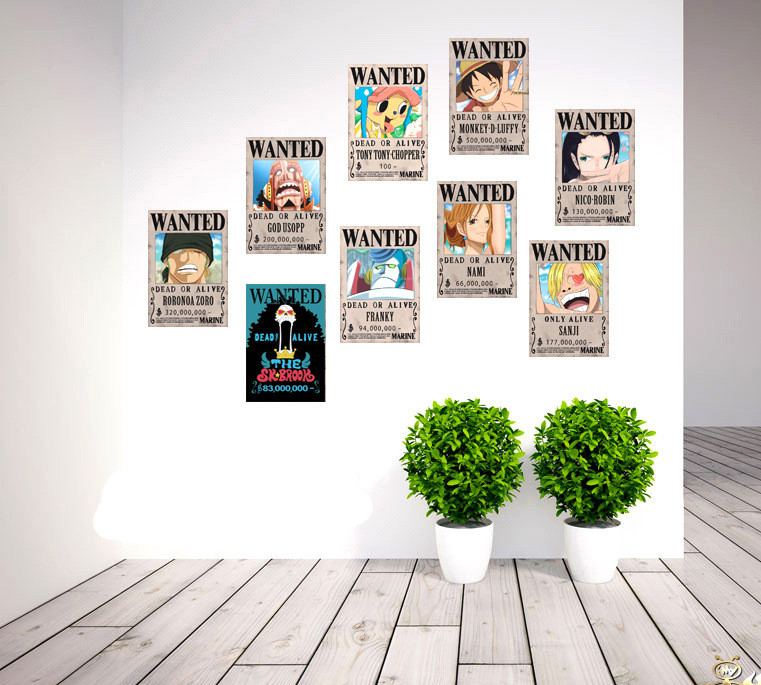 Displayed wall ONE PIECE Wanted Posters