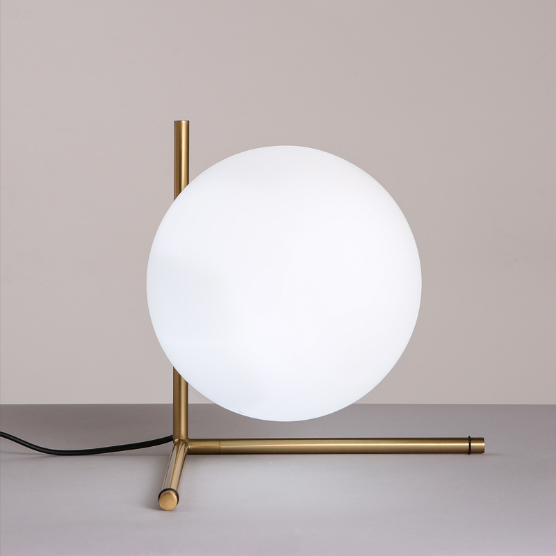 Hot Simple Postmodern Style Table Lamp Glass Ball Lamp Lampen Desk ...