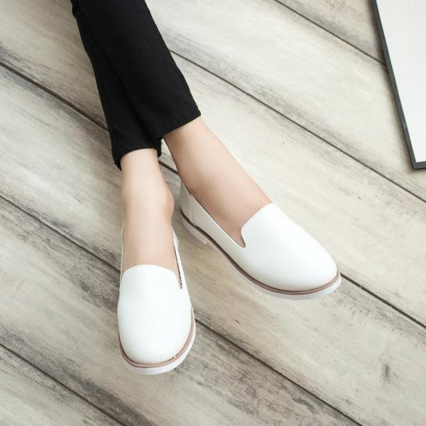 1807f51ce89 Spring New Street Korea Little White Shoes Fashion Wind Flat Shoes Flat  Women s Shoes For Women Ladies Girls-in Women s Flats from Shoes on  Aliexpress.com ...