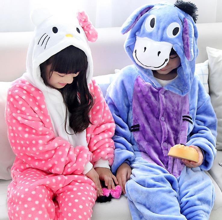 Пижамы и Халаты для девочек Onesie