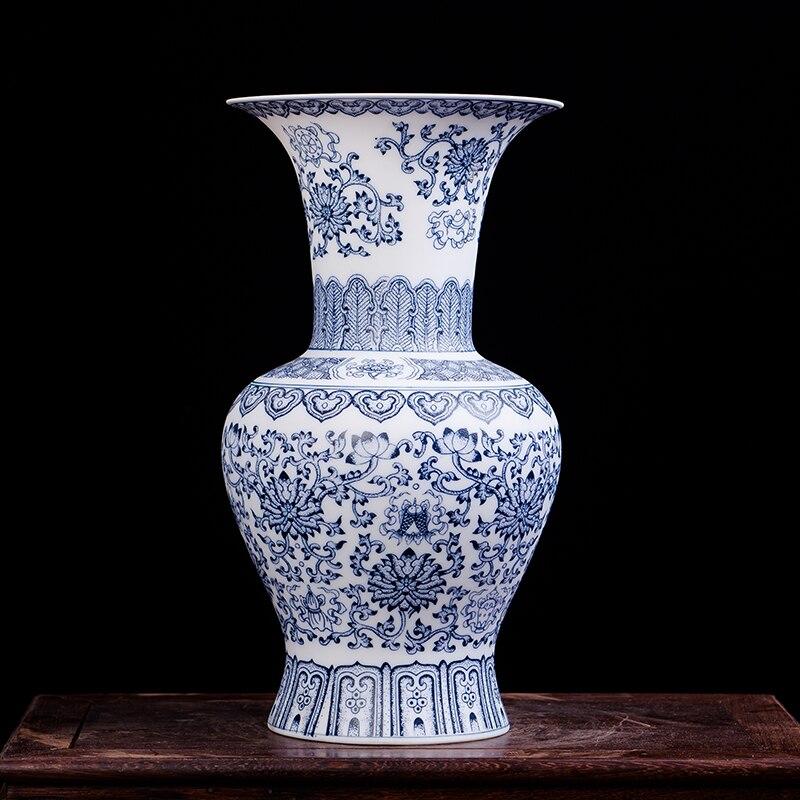 Antique Blue and White Ceramic Vase Design Porcelain Flower Bat Pattern Vase Handmade Home Decoration Jingdezhen Flower Vases vase