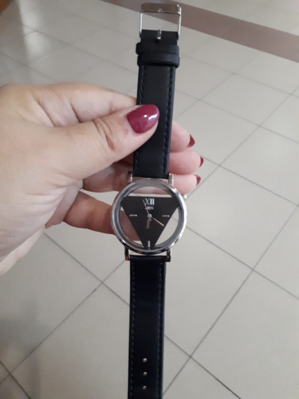 Famous Brand Fashion Women Unique Hollowed-out Triangular Dial Fashion Watch Casual Bracelet Watches Wrist