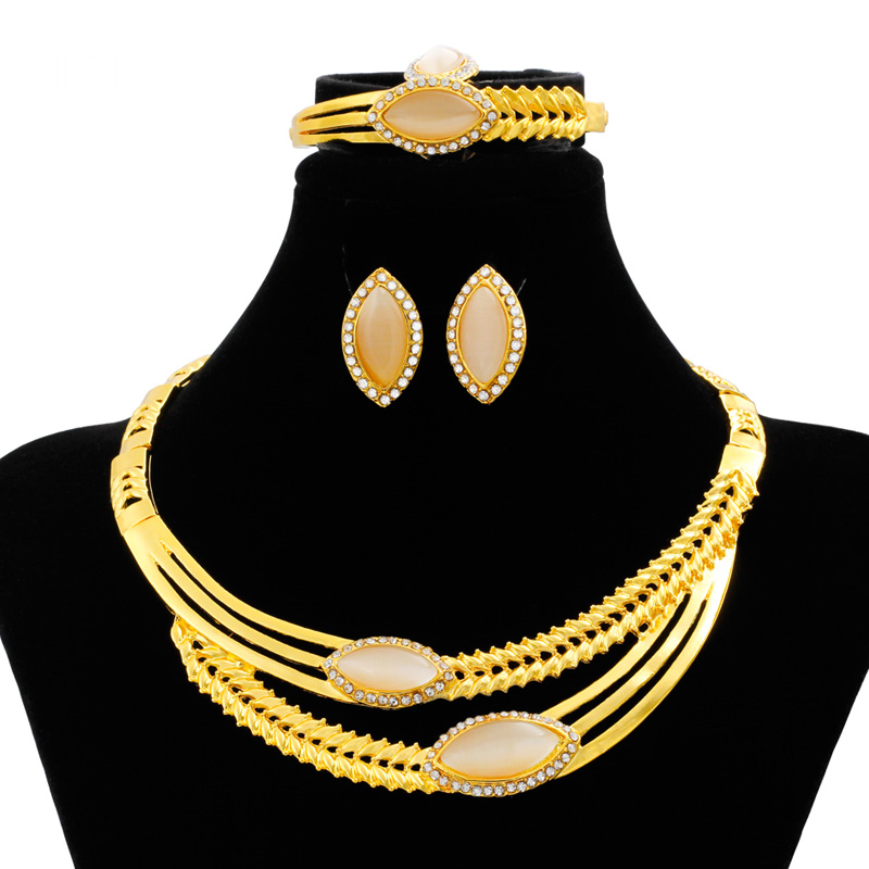 European Classic Creative 24 Gold Jewelry Set Crystal Necklace Ring Earrings Milan Charm Bride Wedding Accessories Gift
