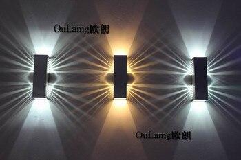 LEDบาร์ทางเดินผนังห้องนอนทีวีโซฟาพื้นหลังแสงมุมบันไดสไตล์ยุโรปที่เรียบง่าย