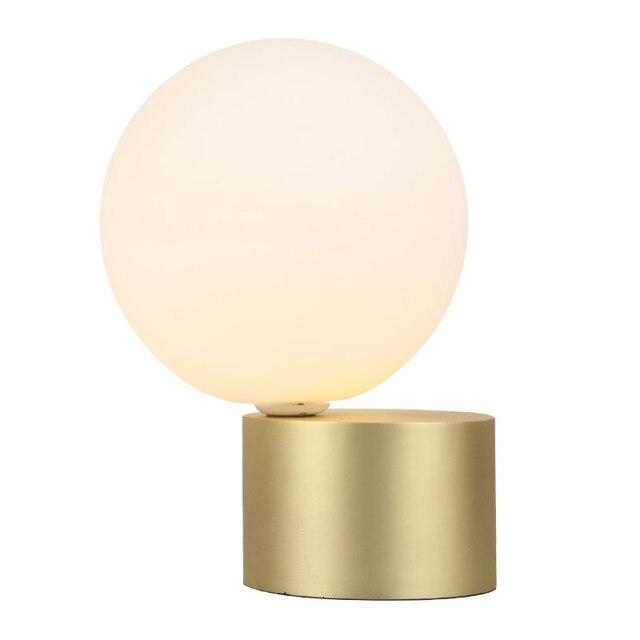 Dekorative LED Tischleuchte Weiß Post Moderne Schreibtischlampe Für  Schlafzimmer Studie. Raum Einfache Home Office Dekoration