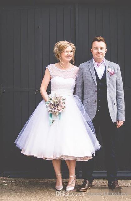 819ba8533aa8 Vintage Short Beach Boho Wedding Dresses Cap Sleeve 2017 Sheer 1950s White Tulle  Tea Length Bridal Gowns Plus Size Backless W7