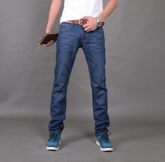 42cfa4b8b Nueva Llegada Famous Brand Jeans Para Hombres Pantalones Vaqueros Baratos de  China Straigh Regular Fit Pantalones